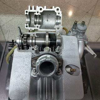 2 stroke with 4 stroke exhaust valve gear