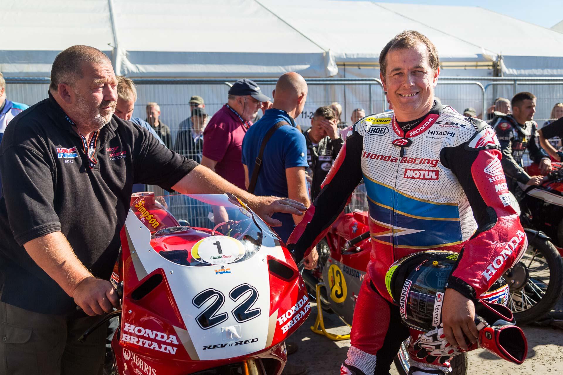 John McGuinness mit seiner Honda RC45. Foto: Krause/MotorPhoto.de