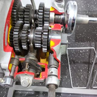 4 speed positive stop gear box internals
